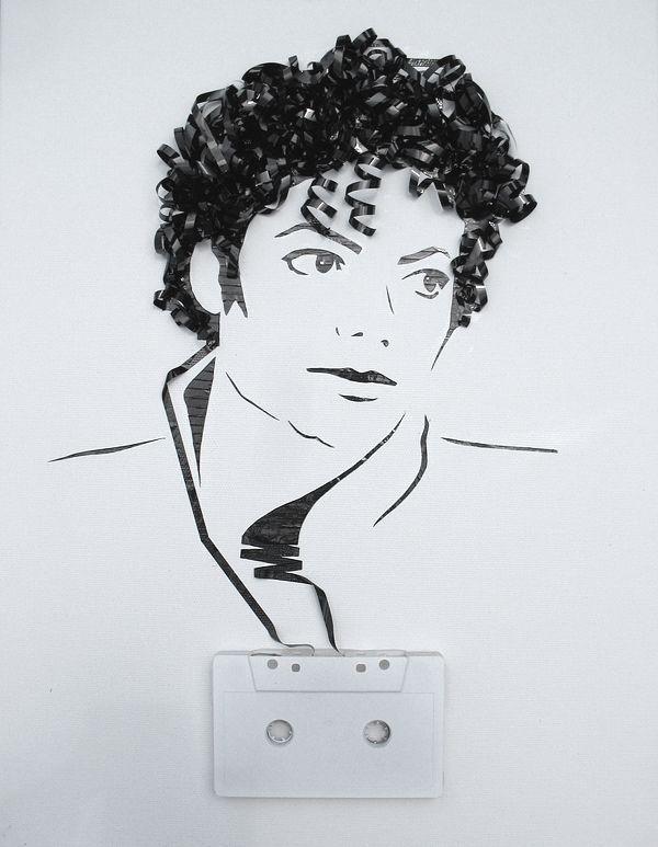 展现给你的注意力非常不寻常,象征艺术系列作品的艺术家创造的想象力 Erica Simmons。 出于对20世纪的原盒磁带这些音乐作品的传说表明画像。 旧照片,录音带和音乐家…从埃里卡的话说我们的想法来自于一个哲学家的(赖尔)说明如何在你的身体你的精神。 音乐爱好者将欣赏这些艺术作品高度!